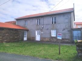 Casa con finca en Lugar Cotelo - Villarrube - Valdoviño (A Coruña)