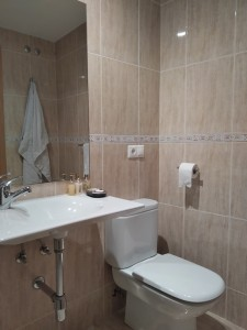 Cuarto de baño habitación 1